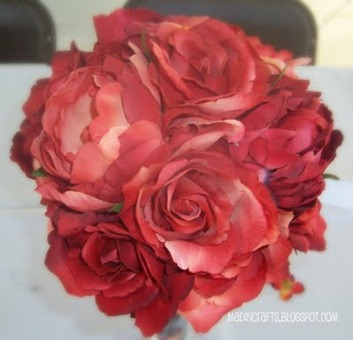 Mad in Crafts DIY Bride and Bridesmaid Bouquets
