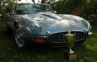 John Bowen '74 E-Type, Coplay, PA USA. Show winner. Jaguar XK-E, with Head-Light-Cover Kit. The Head-Lamp-Cover Conversion Kit made by designer Stefan Wahl in the tradition of Malcolm Sayer. / Jaguar E-Type mit Scheinwerferabdeckungen, designed und hergestellt von Designer Stefan Wahl in der Tradition von Malcolm Sayer.