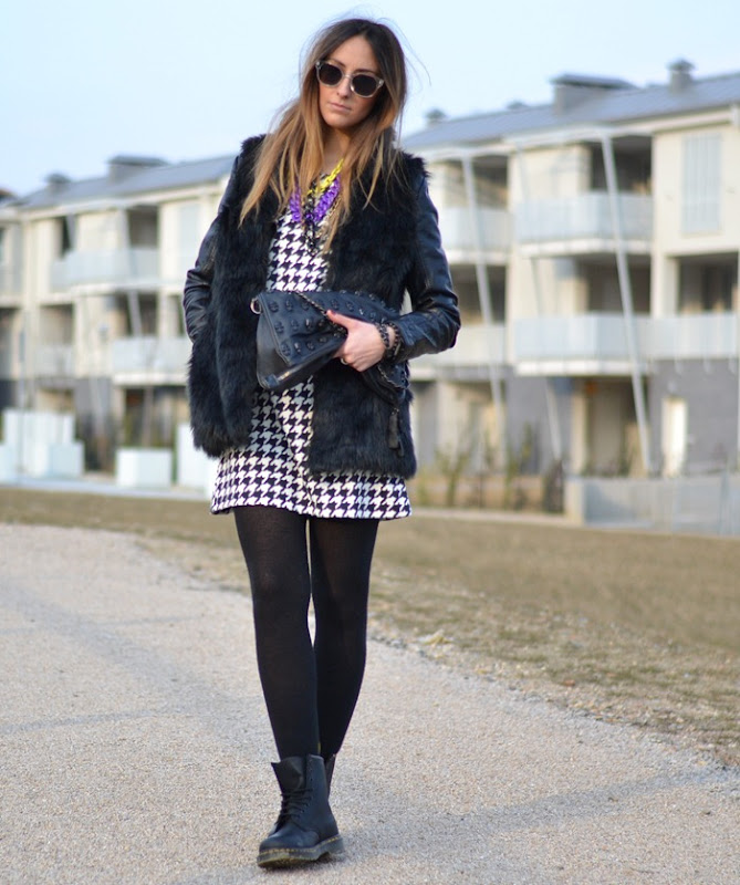 Dr. Martens, Skull Bag, HM, Stradivarius, HM Sunglasses, Ax Paris,
