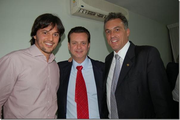 270911Fabio, Kassab e o lider do PSD na Camara, Guilherme Campos