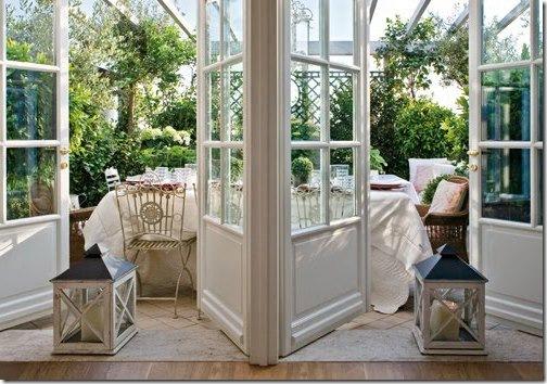 dining-al-fresco-vintage-rose-garden