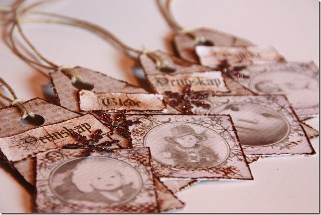 håndlagede merkelapper jul julegaver diy vintage IMG_5508