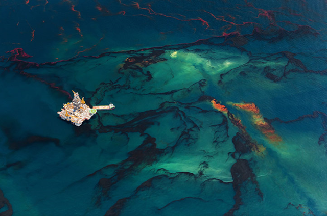 Aerial view of oil mixed with dispersant rising to the surface near one of the relief wells, following the Deepwater Horizon disaster. Photo: Daniel Beltrá
