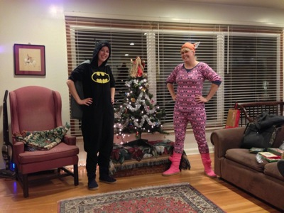 Melinda and Margaret in their pjs decorating the tree.
