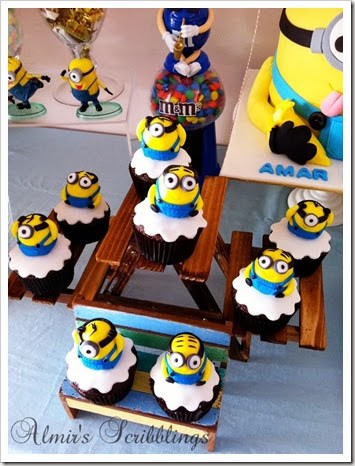 cutest minion cupcake ever
