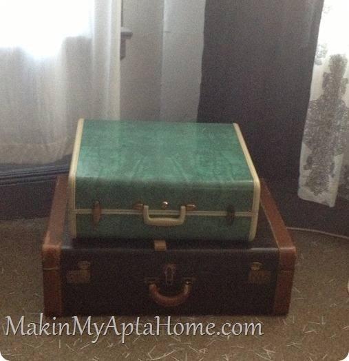thrifty finds vintage luggage