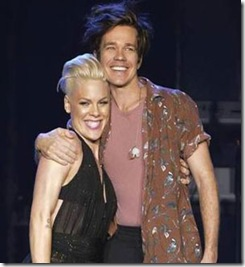 Pink-Nate-Ruess-Perform