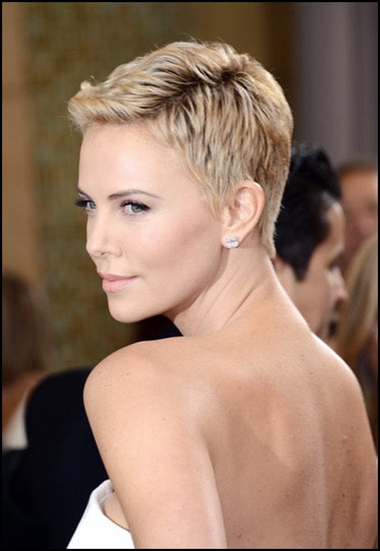 Pictures-Charlize-Theron-2013-Oscars