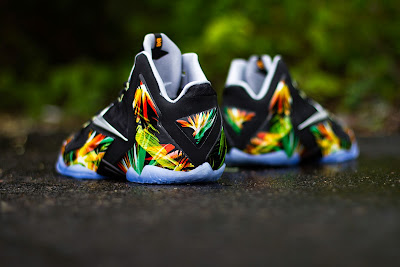 nike lebron 11 gr everglades 5 06 Release Reminder: Nike LeBron XI Everglades Goes Into the Wild