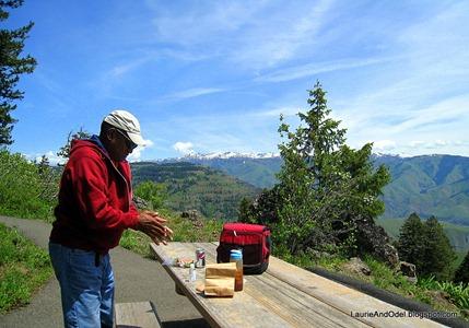 Hells Canyon picnic