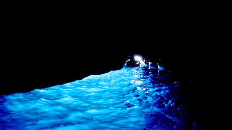 blue-grotto-3
