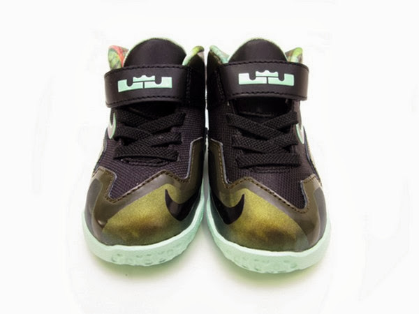 Nike LeBron XI Toddler Parachute Gold Available Now