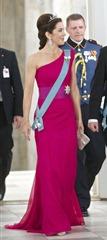 882647-le-prince-Frederik-et-la-Princesse-mary-637x0-2