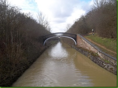 001  Turnover Bridge and start of 'Fenny Compton Tunnel'