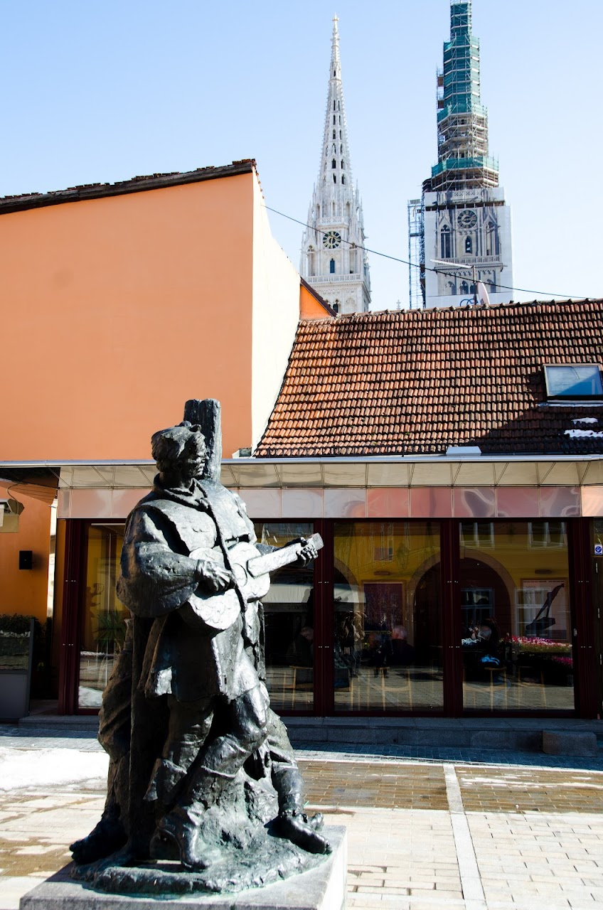 Statue in Zagreb