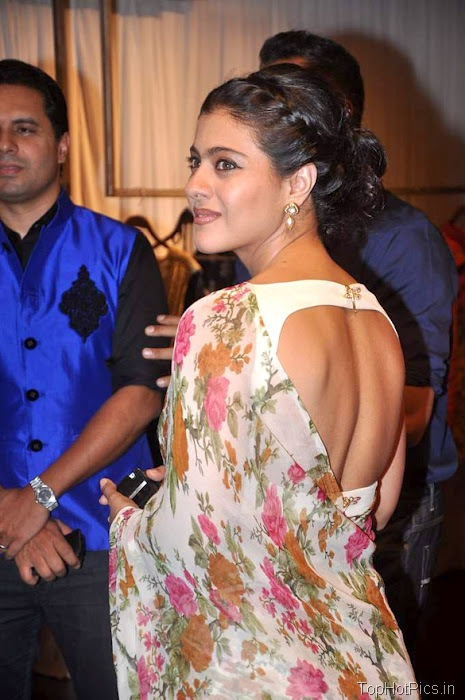 Kajol Devgan Hot pics in Backless Saree 1