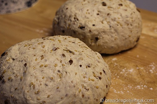 sourdough-seed-bread_1691