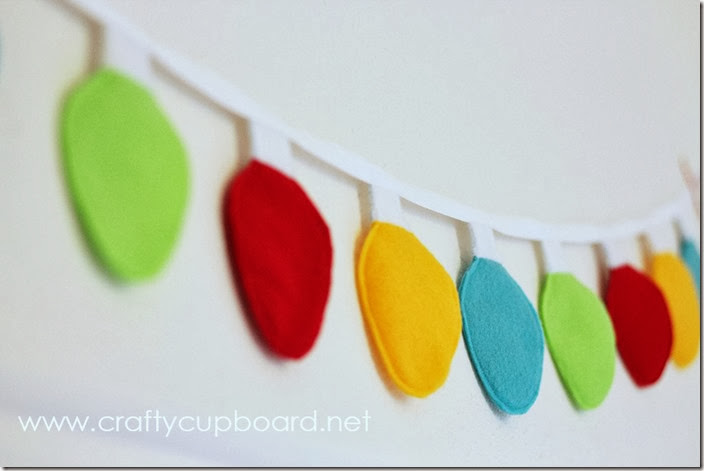 Christmas Light Garland Tutorial by the Crafty Cupboard