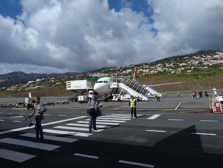 1. aeroportul Madeira.JPG