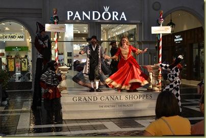 V Piazza Dancing Opera