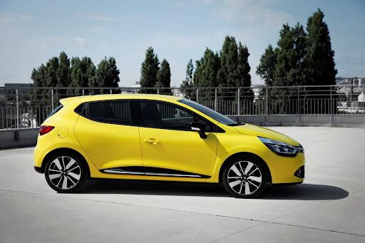 2013-Renault-Clio-Mk4-03.jpg
