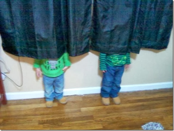 cute-kids-hide-seek-9
