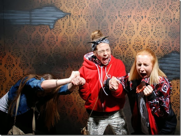 haunted-house-scary-43