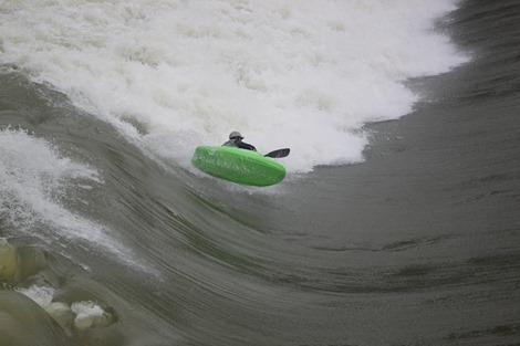 Xabi Olano flotando en el aire
