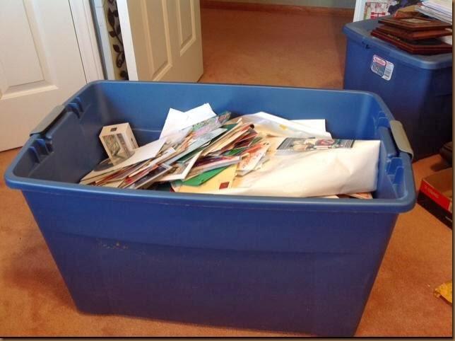 Closet trash bin