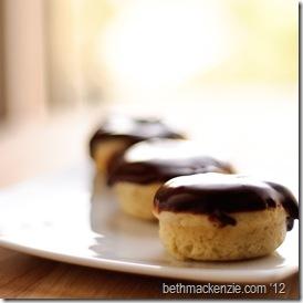 vanilla donuts9