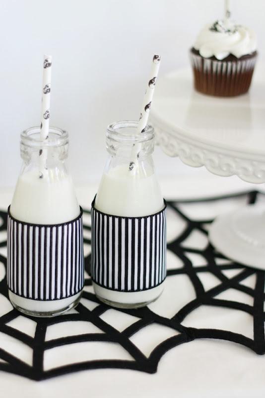 halloween_milkbottles