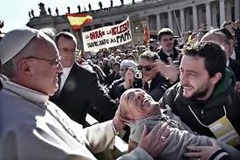 Pope Francis and disabled man
