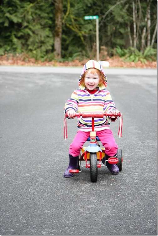 Sara riding trike and trying to pedal-6 blog