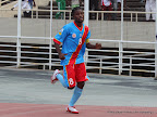 L'attaquant congolais, Mabi Mputu Trésor, après avoir marqué le Premier but des léopards de la RDC (rouge bleu) contre les Sihlangu Semnikati du Swaziland (blanc) le 15/11/2011 au stade des martyrs à Kinshasa, la RDC gagne par 5-1. Radio Okapi/ Ph. John Bompengo