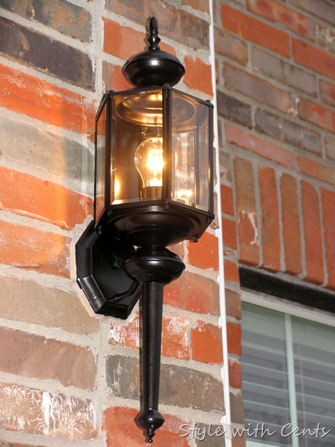 rustoleum oil rubbed bronze spray paint front porch light fixture 2
