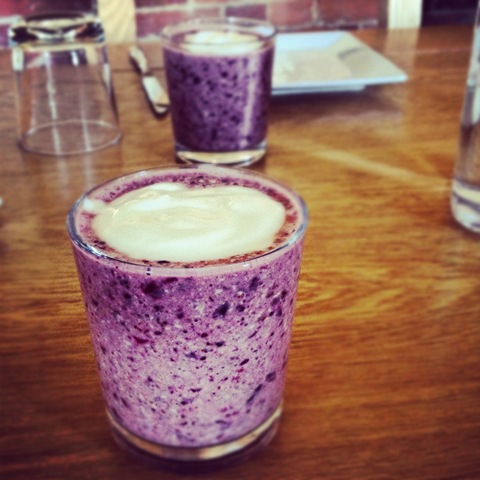 #134 - energising berry smoothie at Green Farm Fitness