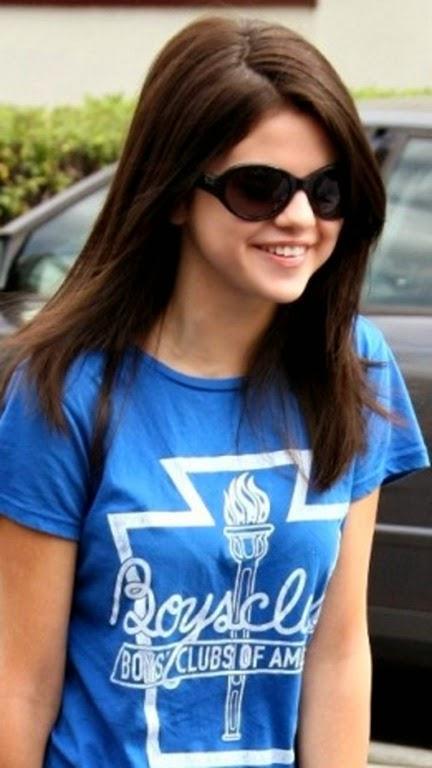 Selena_Gomez(2)