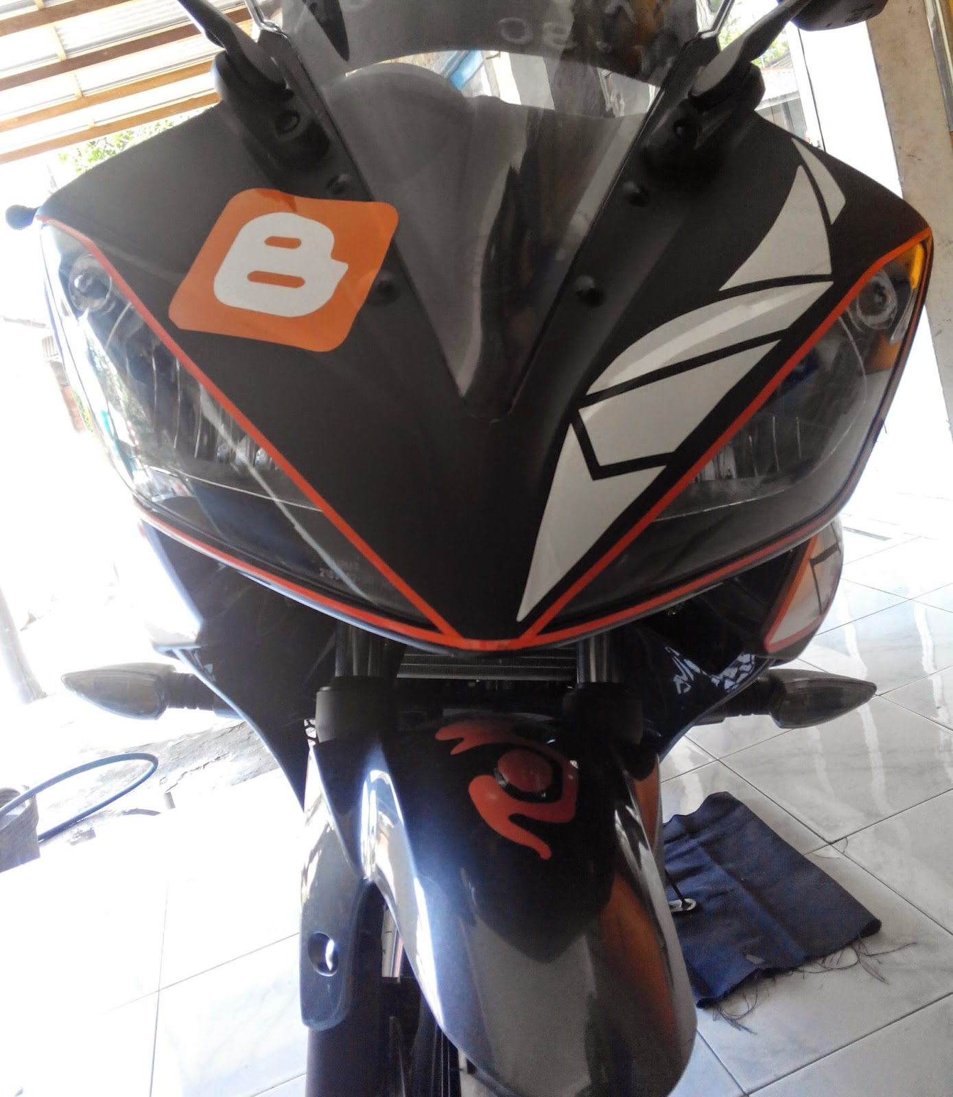 Motor Drag Ninja Modifkasi Lampu Atau Mata R15 V2 Yamaha 2014
