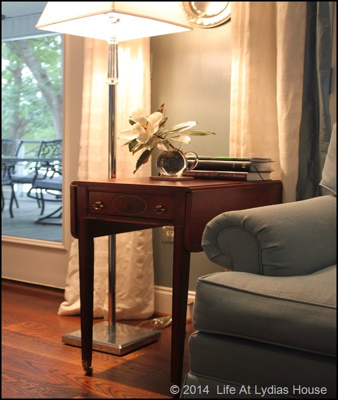 drop leaf side table 1
