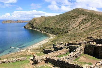 Ruins on Isla del Sol