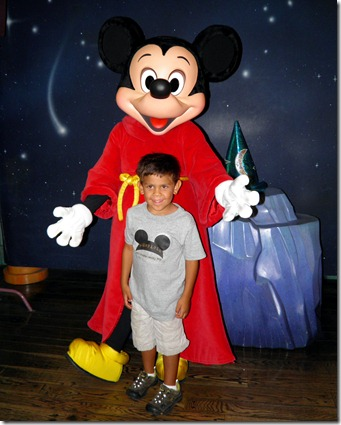 9.10.12 mickey mouse and gian