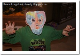 Quetecotyl mask for kids - hands on history