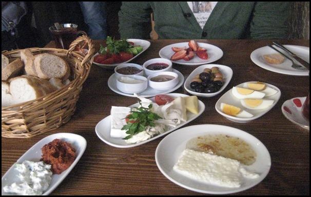 الفطور في اسطنبول