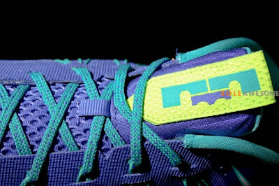 nike lebron 10 low gr blue green 1 09 First Look at Nike Air Max LeBron X Low Summit Lake Hornets