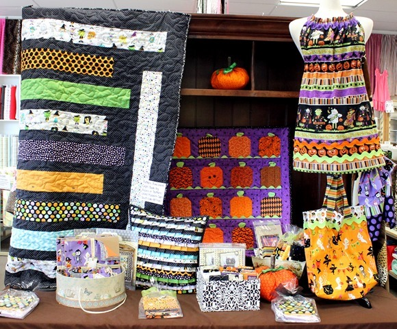 Halloween quilt shop display