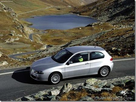 Alfa Romeo 147 3door (2004)10