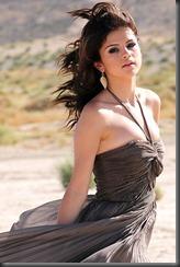 selena-gomez-sexy photo
