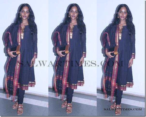 Rajshri_Vaidya_Designer_Salwar_Kameez