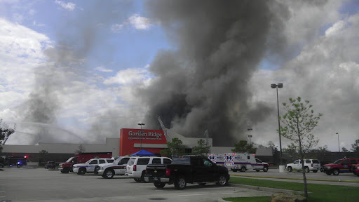 Merveilleux If Youu0027ve Ever Shopped The Garden Ridge Center At The Edge Of The Woodlands  You Now Need A New Place To Shop. The Huge Home Decor Building Has Been On  Fire ...