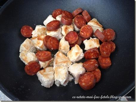 Jambalaya - calim carnea si chorizo